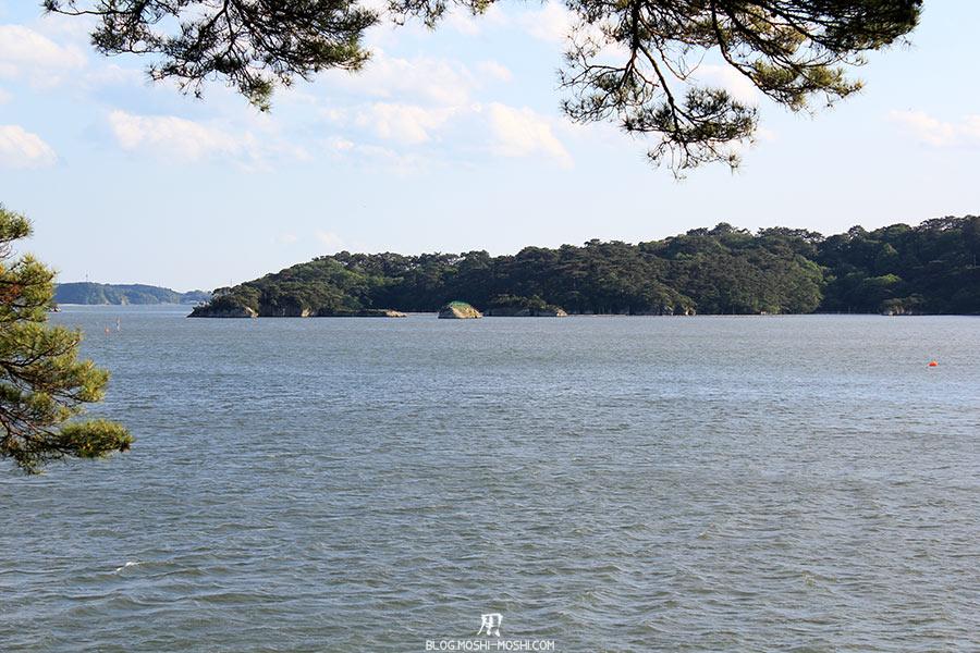 matsushima-tohoku-nihon-sankei-ile-fukuura-baie-entre-pins