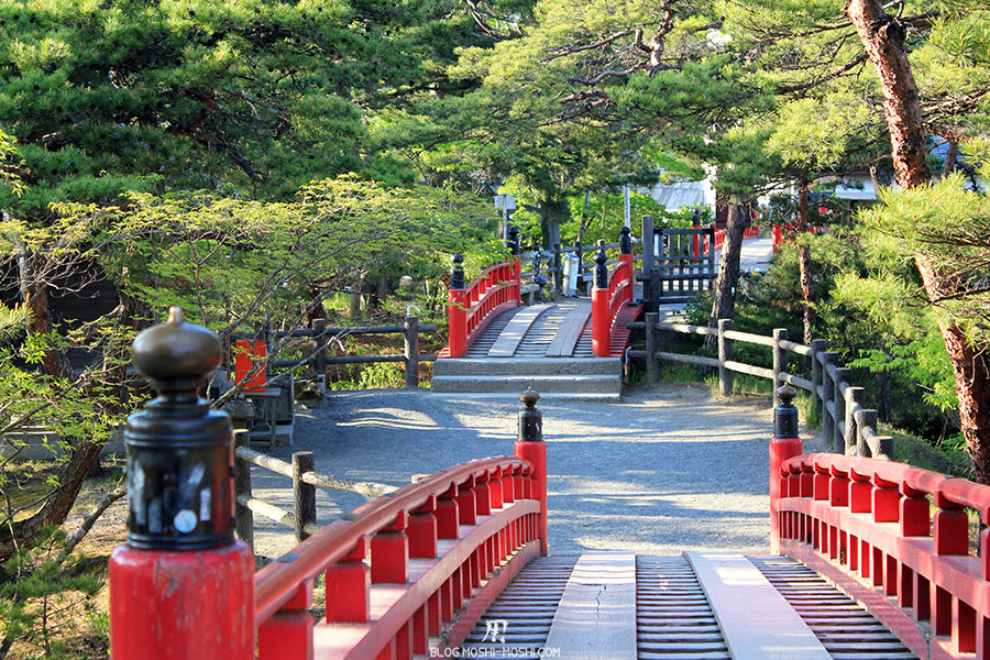 matsushima-tohoku-nihon-sankei-temple-godaido-enfilade-ponts-rouges