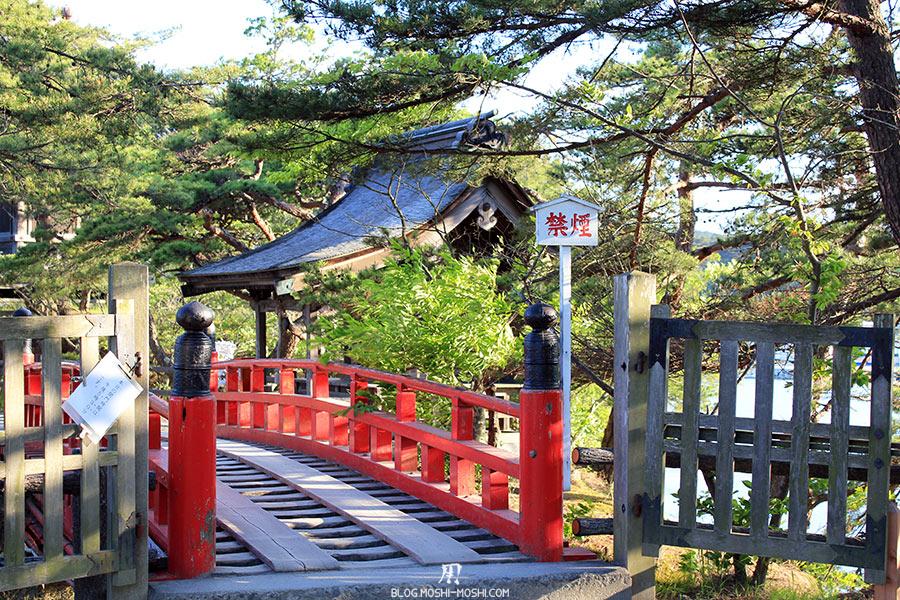 matsushima-tohoku-nihon-sankei-temple-godaido-entree