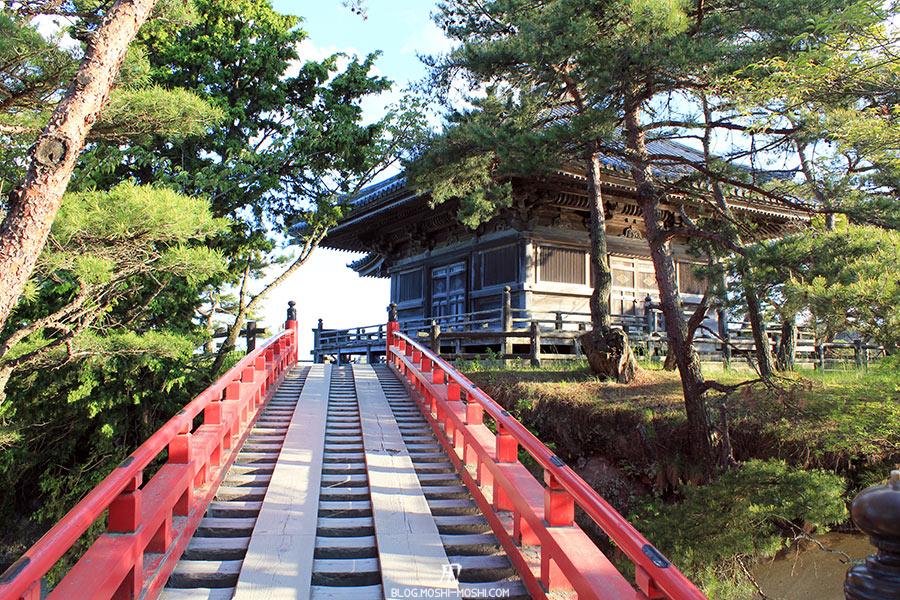 matsushima-tohoku-nihon-sankei-temple-godaido-long-pont-vers-hondo