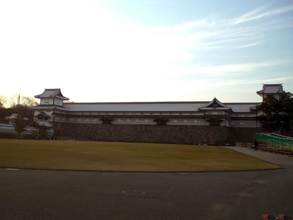 chateau-kanazawa-hiver-leve-soleil
