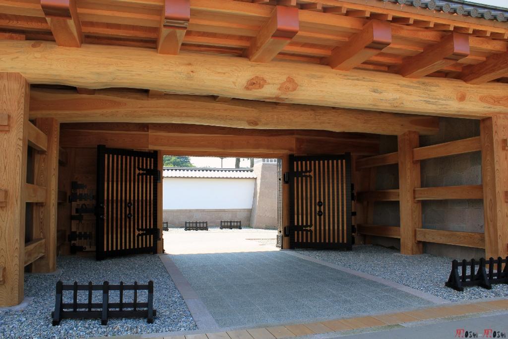 chateau-kanazawa-ete-nouveau-portail