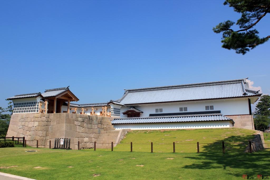chateau-kanazawa-ete-nouvelle-construction