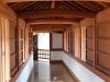 himeji-chateau-interieur-couloir-bois-protections