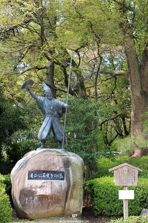 chateau-nagoya-aichi-statue-guerrier-samurai