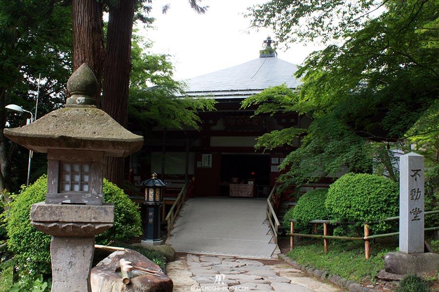 hiraizumi-patrimoine-unesco-chuson-ji-autel-lanternes