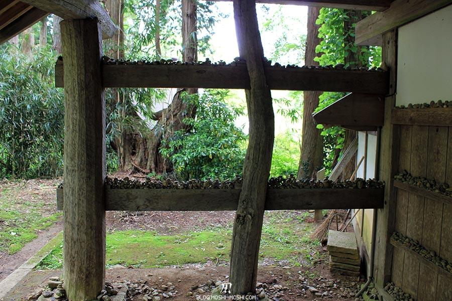 hiraizumi-patrimoine-unesco-chuson-ji-empilage-bouddiste-cailloux