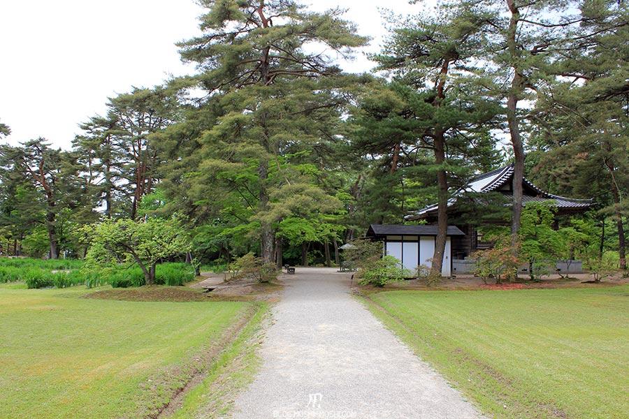 hiraizumi-patrimoine-unesco-motsu-ji-allees