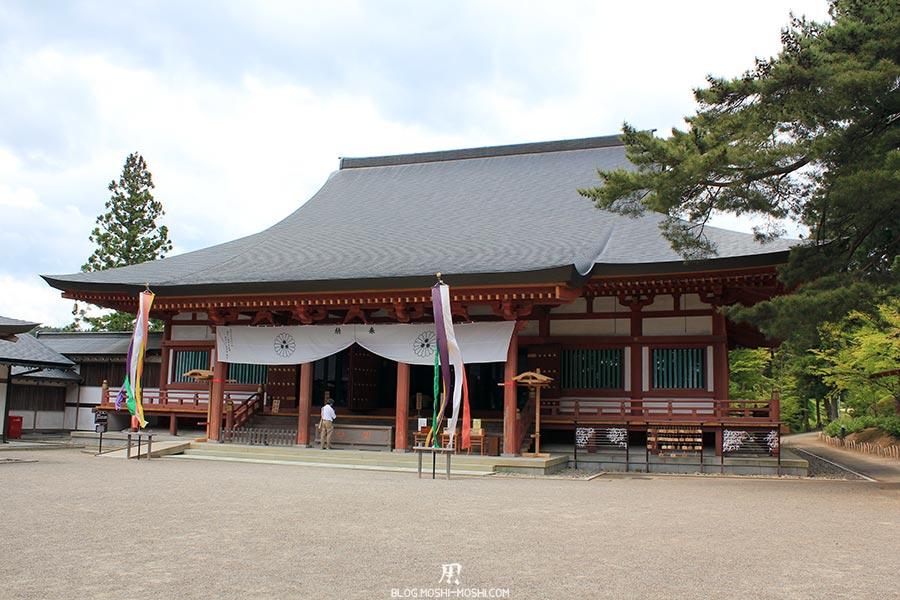 hiraizumi-patrimoine-unesco-motsu-ji-hondo-hall-principal-priere