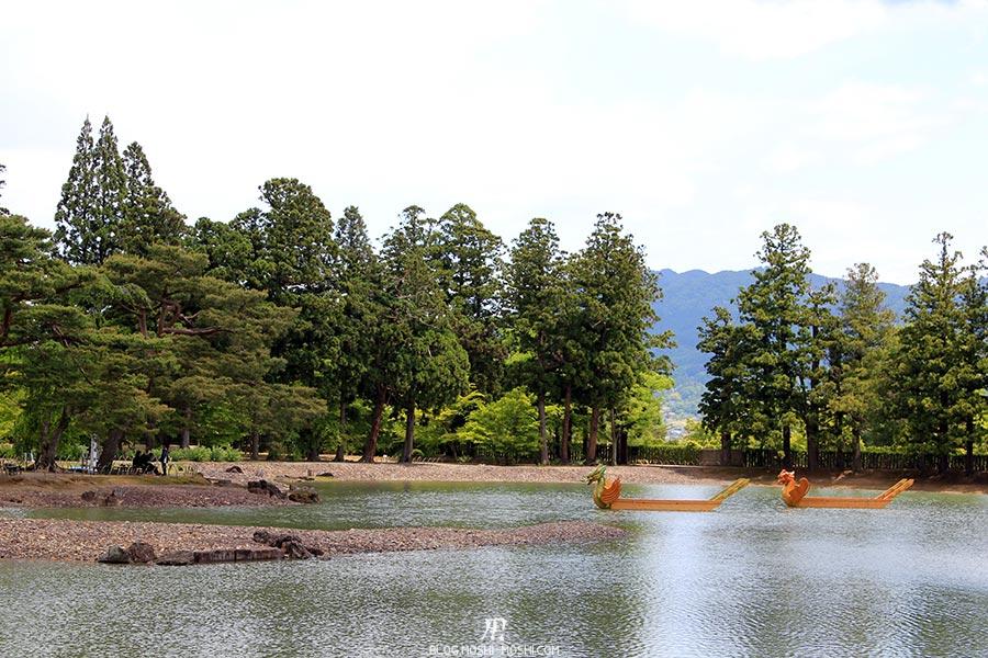 hiraizumi-patrimoine-unesco-motsu-ji-ile-centrale-lac-barques