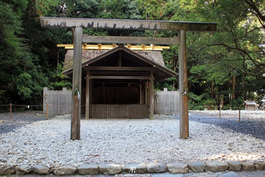 ise-jingu-sanctuaire-exterieur-geku-sanctuaire-sacre
