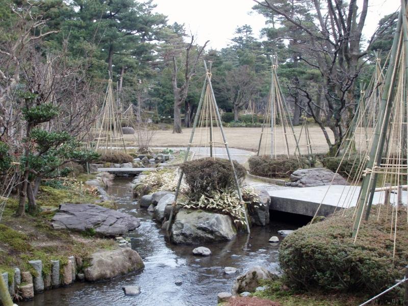 Ishikawa-decouverte-kenroku-en-riviere