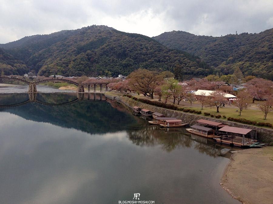 iwakuni-yamaguchi-pont-kintai-riviere-nishiki-vue-face-bateau-peche-cormoran-ukai-chemin-retour