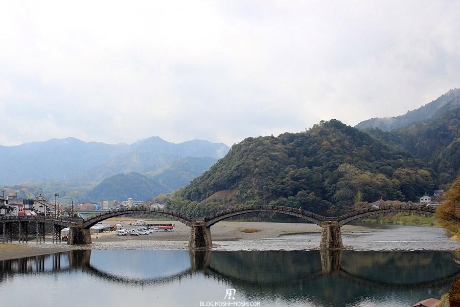 iwakuni-yamaguchi-pont-kintai-riviere-nishiki-vue-face-gros-plan