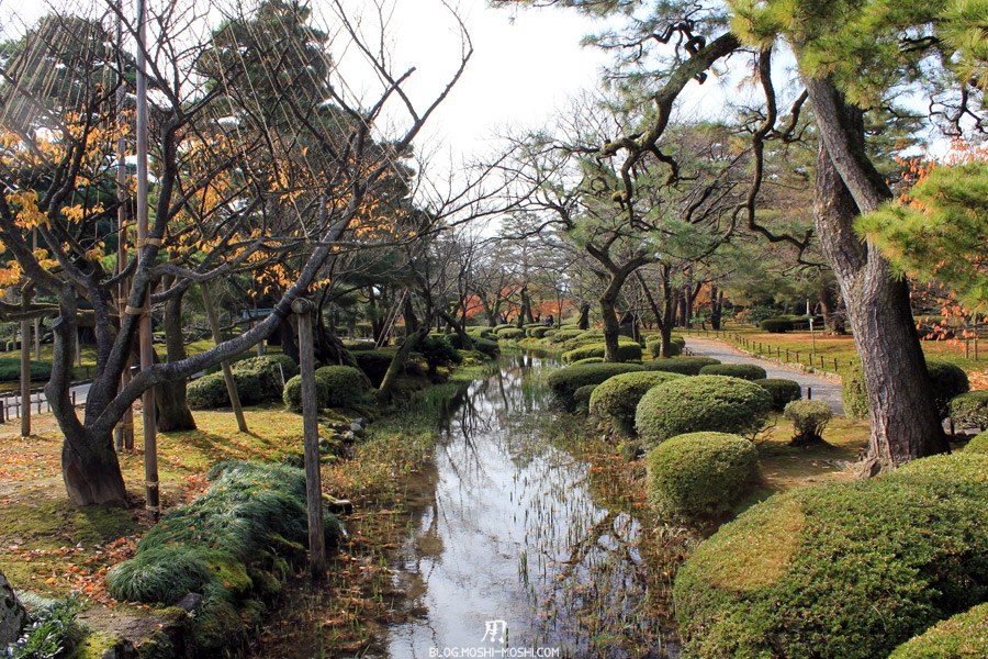 kanazawa-kenrokuen-saison-momiji-impression-repetition-paysage