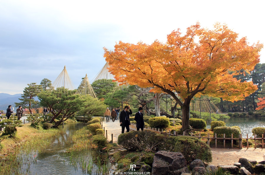 Kanazawa le jardin kenroku en la saison des momiji for Jardin kenrokuen