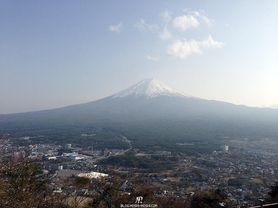 repos-lac-kawaguchiko-telepherique-mont-kachi-kachi-mont-fuji-centre-iphone