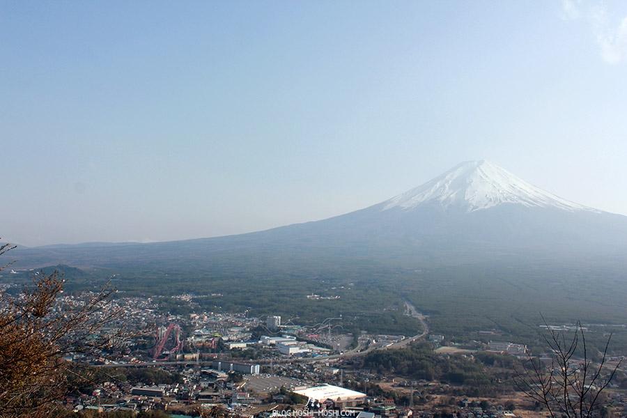 repos-lac-kawaguchiko-telepherique-mont-kachi-kachi-mont-fuji-fujiqhighland
