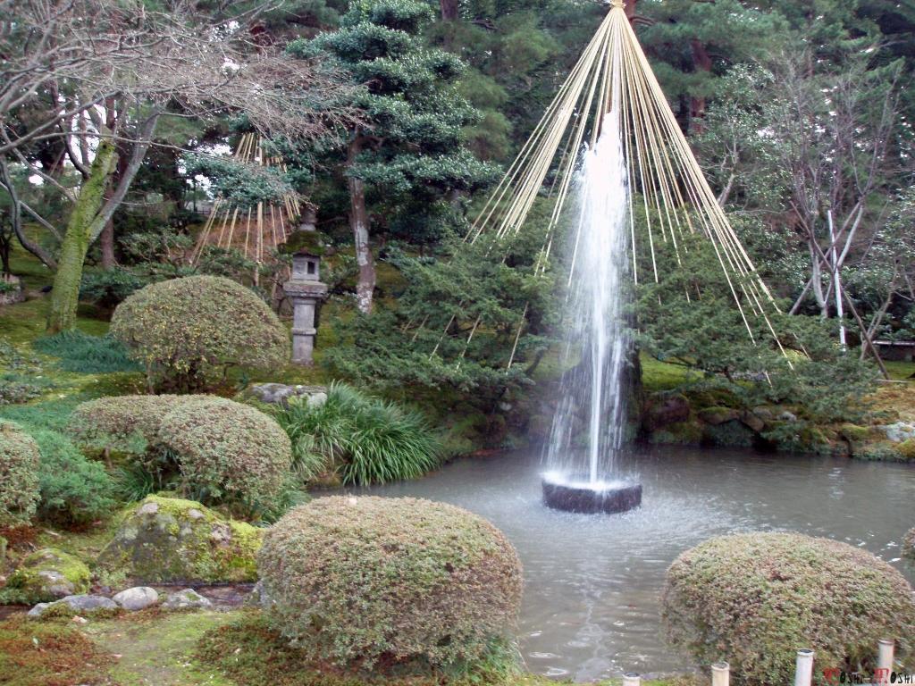 parc-kenrokuen-hiver-plus-vieille-fonctaine-japon