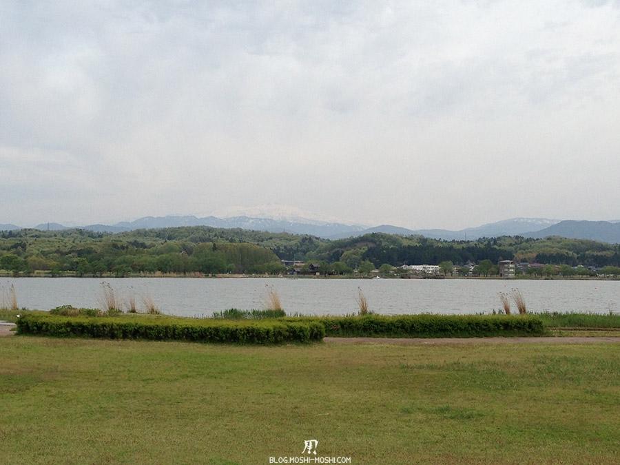 Komatsu-parc-kibagata-lac-kiba-vue-hakusan-chaine-montagne-alpes-japonaises