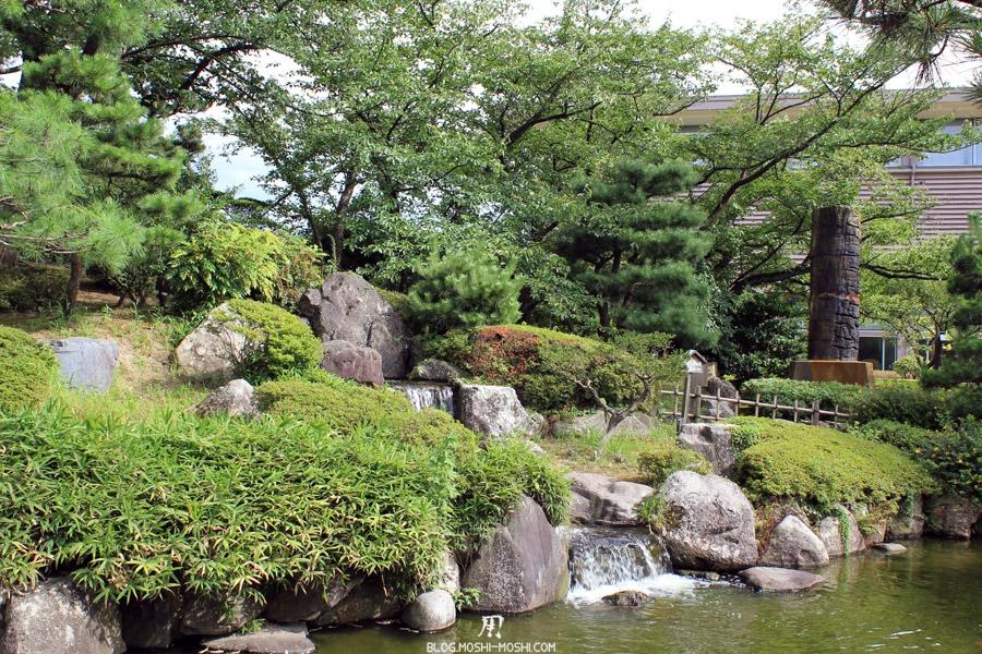 komatsu-parc-rojyou-petite-chute-eau.jpg