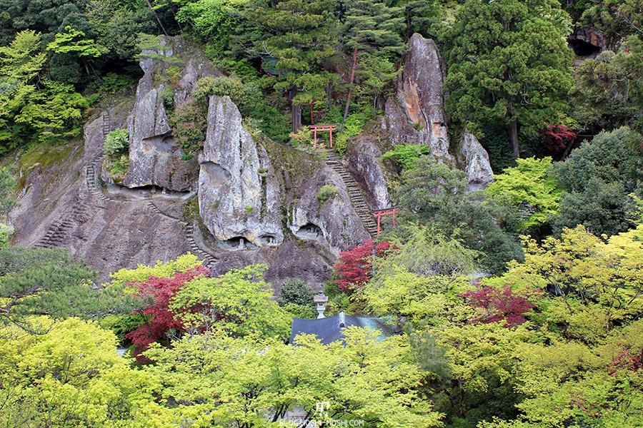 komatsu-temple-natadera-falaises-vue-hauteur