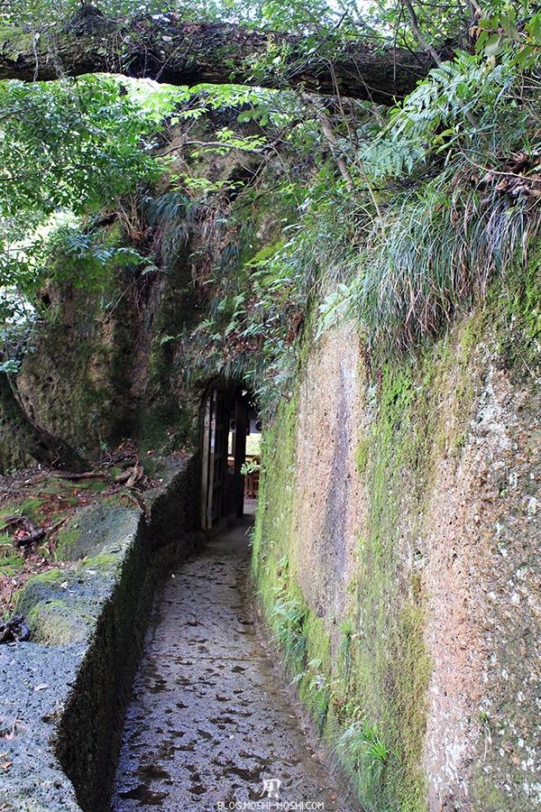 komatsu-temple-natadera-porte-derobee