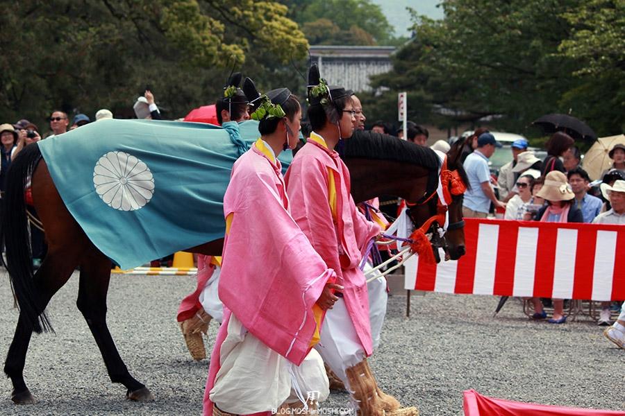 kyoto-aoi-matsuri-palais-imperial-cheval-sans-cavalier