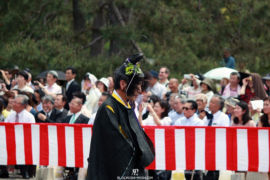 kyoto-aoi-matsuri-palais-imperial-criniere-au-vent