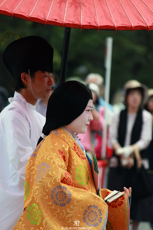 kyoto-aoi-matsuri-palais-imperial-defile-femme-nyoju-furyugasa-vue-cote