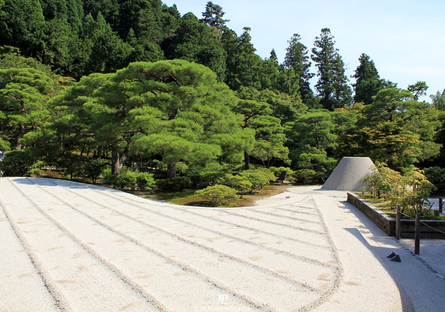 ginkaku-ji-kyoto-jardin-sable-mont-fuji