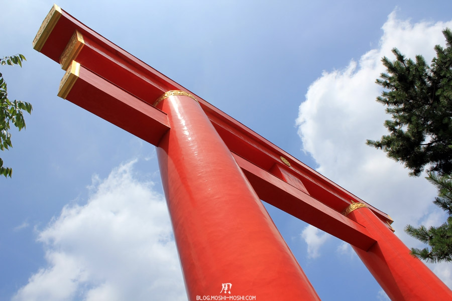 heian-jingu-kyoto-haut-grand-torii