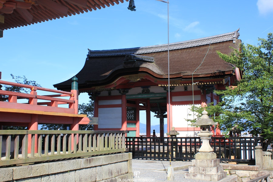 kiyomizu-dera-kyoto-entree-cote