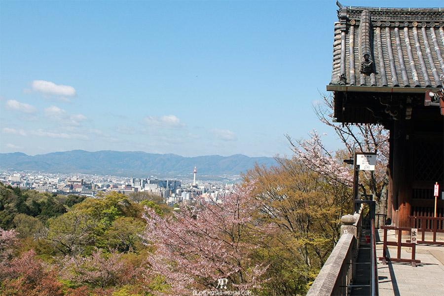 kiyomizudera-sanctuaire-kyoto-saison-sakura-vue-tour-kyoto