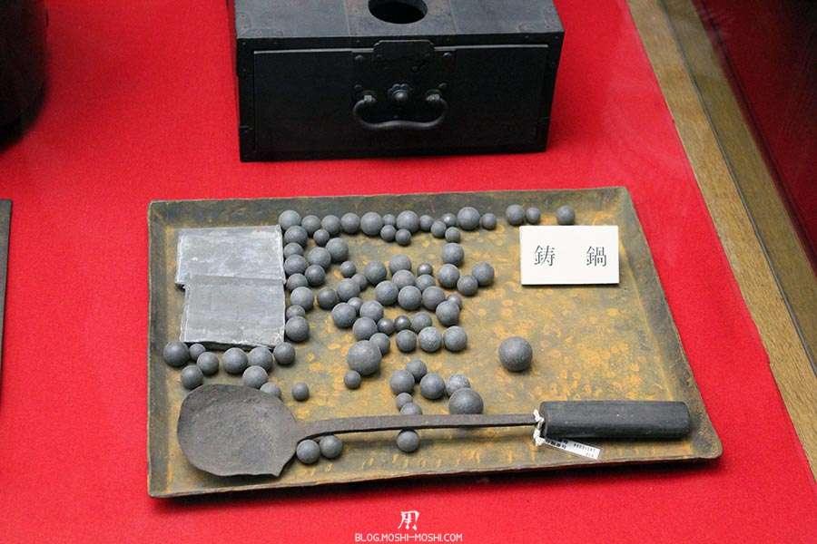 nagano-chateau-matsumoto-corbeau-noir-interieur-munitions