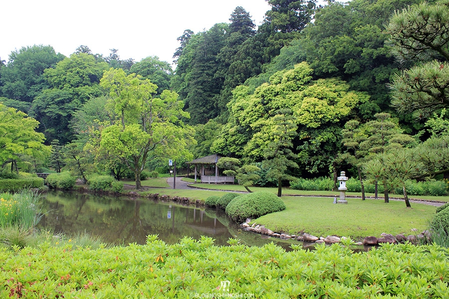 jardin-japonais-kairaku-en-cote-jardin-japonais-lanterne-pierre