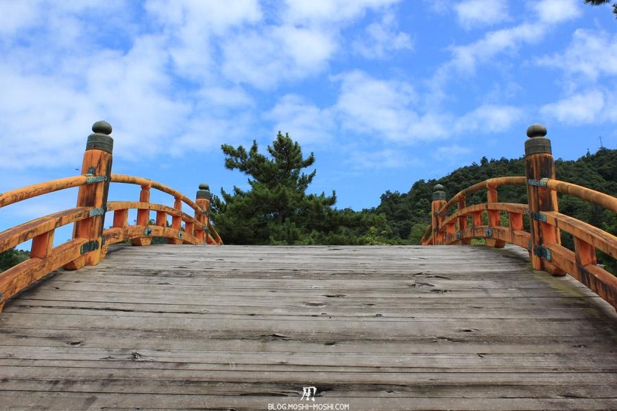 Itsukushima-jinja-ancien-pont-face