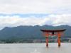 itsukushima-jinja-miyajima-grand-torii