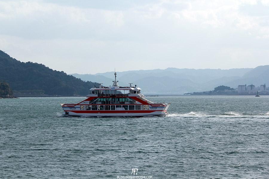 Miyajima-Hiroshima-saison-sakura-bateau-traversee-pleine-mer