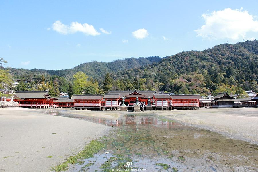 Miyajima-Hiroshima-saison-sakura-maree-basse-sanctuaire-Itsukushima-plan-large