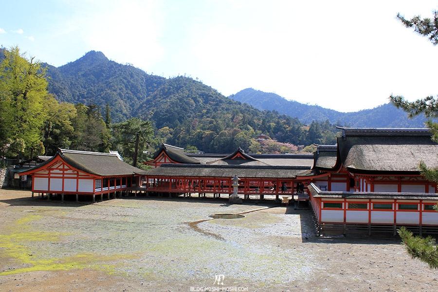 Miyajima-Hiroshima-saison-sakura-sanctuaire-Itsukushima-maree-basse
