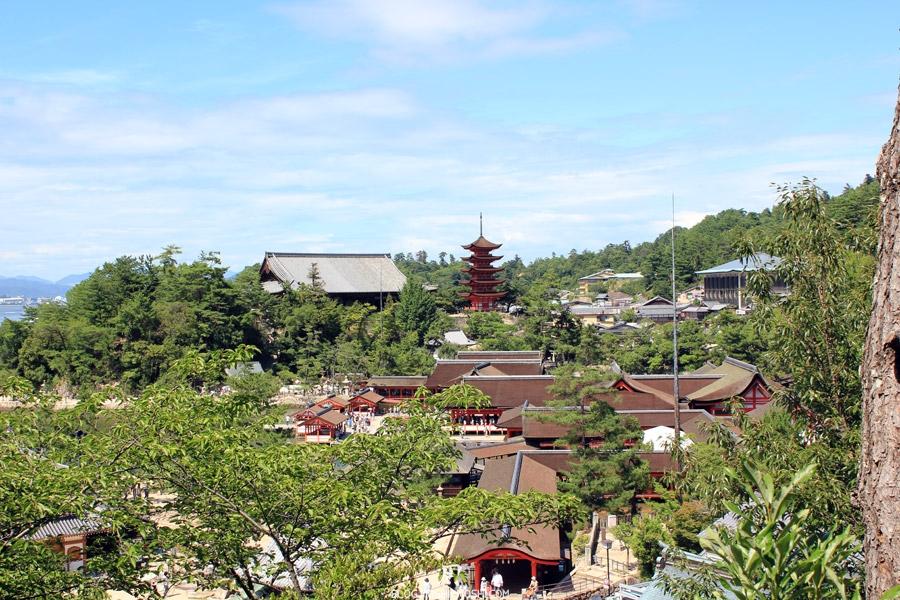 ile-miyajima-sanctuaire-itsukujima-vue-hauteur