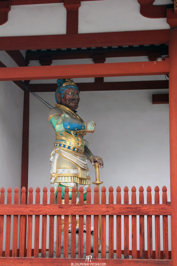 yakushi-ji-Nara-gardien-ouest