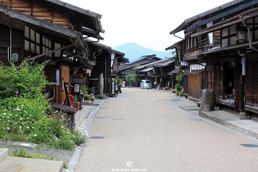 narai-juku-village-etape-nakasendo-rue-serpentee
