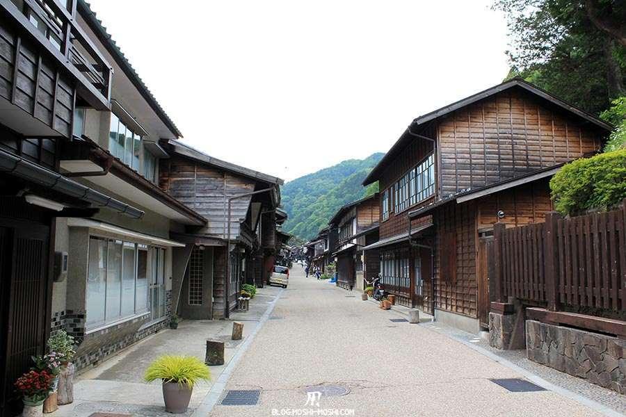 narai-juku-village-etape-nakasendo-ruelle-deserte