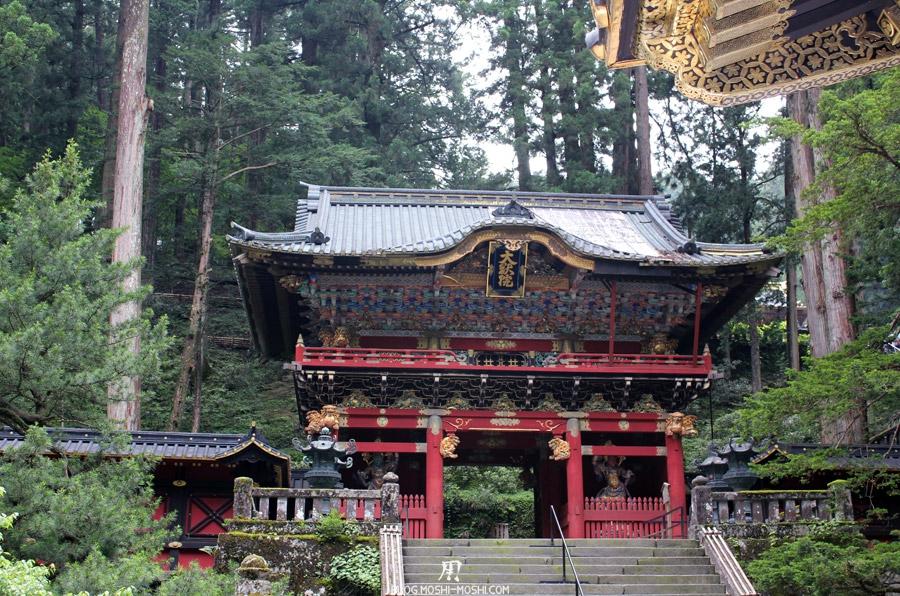 Nikko-futarasan-jinja-porte-demoniaque