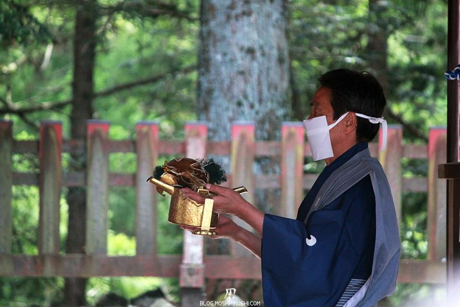 nikko-shunki-reitaisai-matsuri-grand-festival-de-printemps-ceremonie-offrandes-shogun-objet-precieux