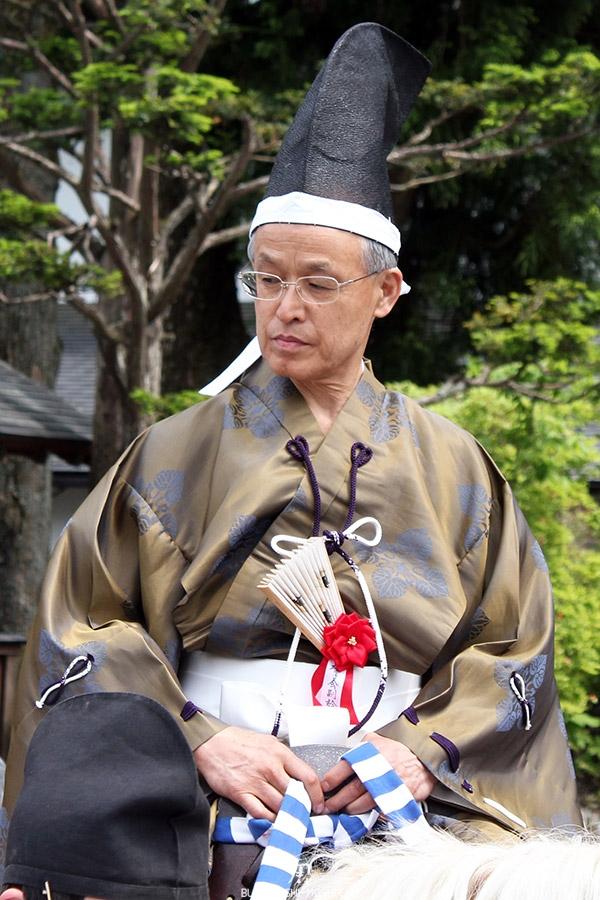 nikko-shunki-reitaisai-matsuri-grand-festival-de-printemps-defile-cavalier-superbe-kimono-soie