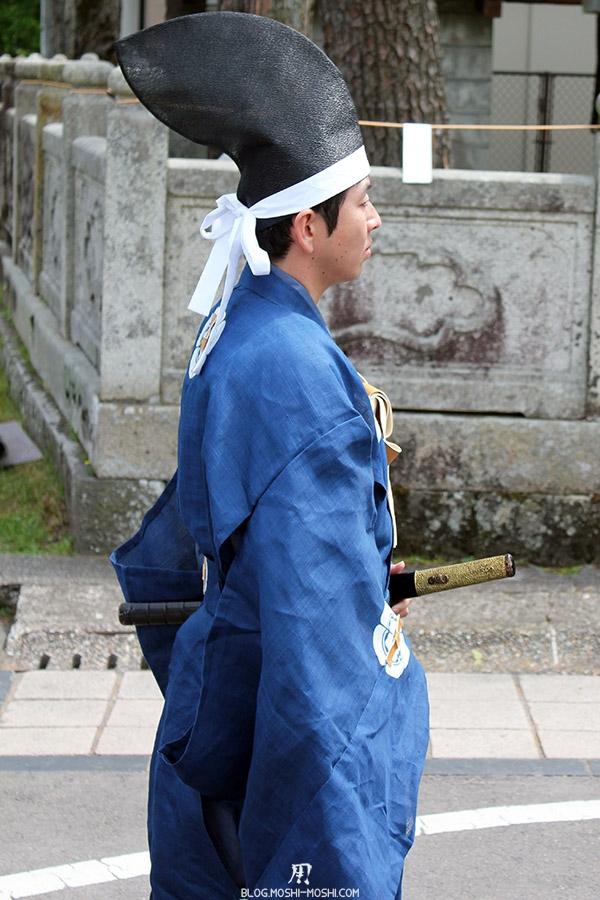 nikko-shunki-reitaisai-matsuri-grand-festival-de-printemps-defile-garde-arret-gros-plan