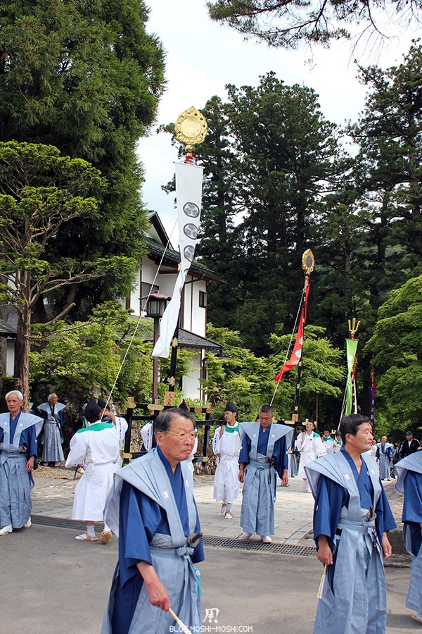 nikko-shunki-reitaisai-matsuri-grand-festival-de-printemps-defile-mats-armes